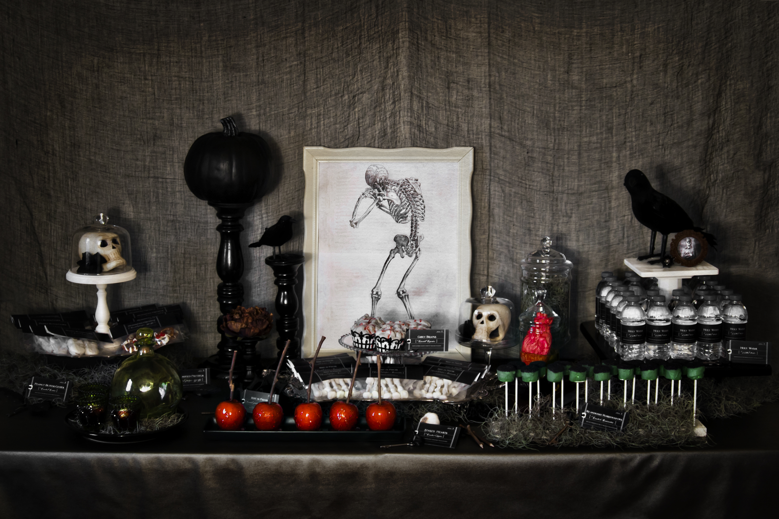 spooky halloween party ideas handmade decor the flair exchangethe flair exchange. Black Bedroom Furniture Sets. Home Design Ideas