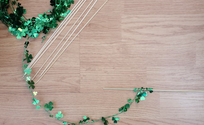 shamrock-cake-toppers-DIY