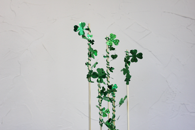 shamrock-cake-topper-DIY