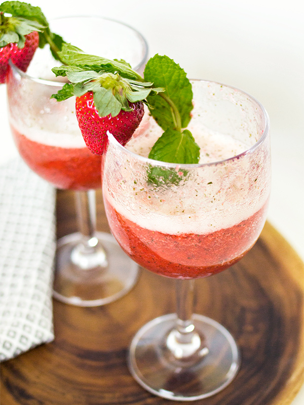 recipe-for-limeade-The Flair Exchange | Sparking Strawberry Mint Limeade Recipe by Sarah Hearts