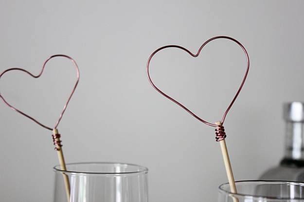 heart-swizzle-sticks
