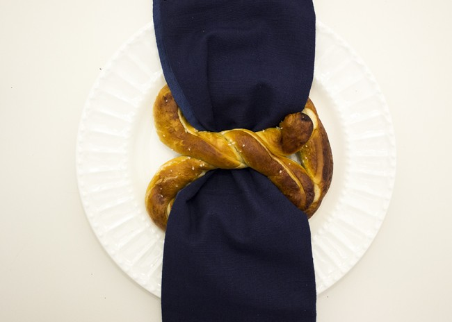 Pretzel Napkin Holder and Place Card