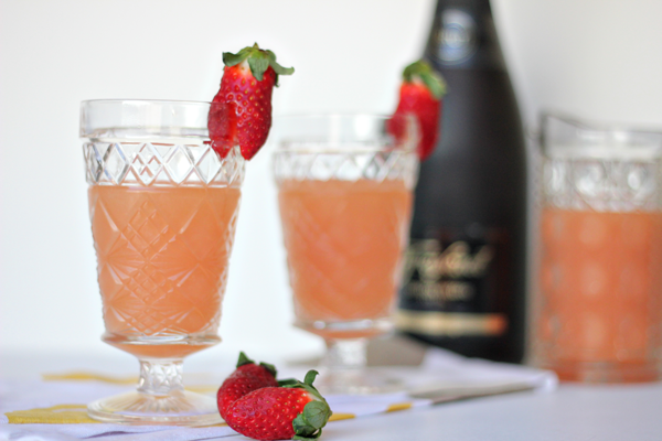Grapefruit Mimosas For A Crowd Recipe — Dishmaps