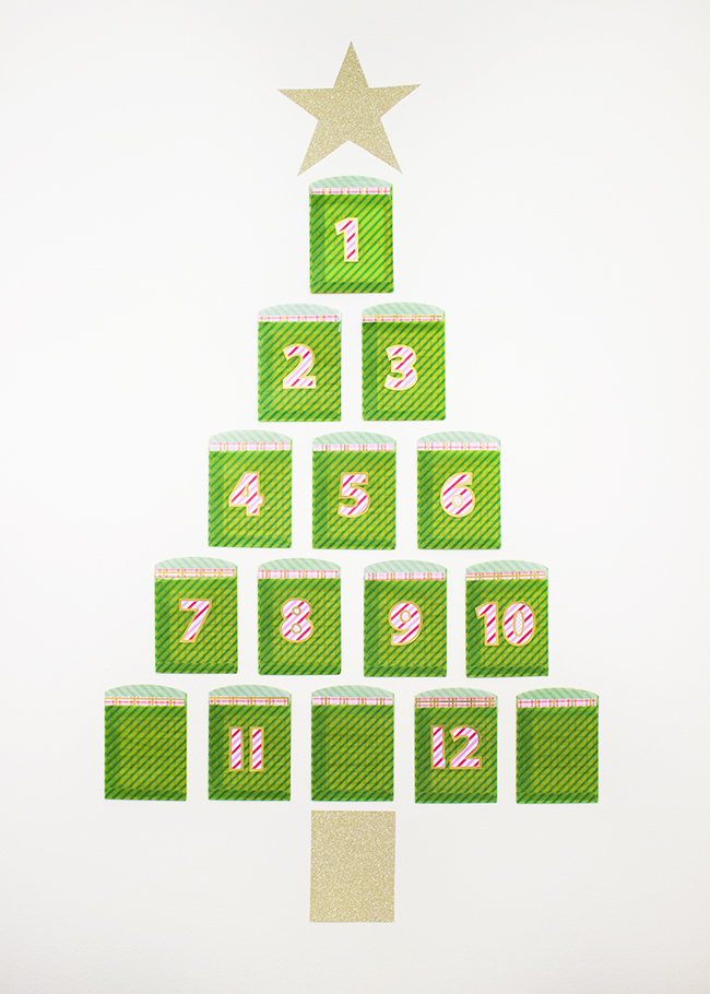 Twelve Days of Christmas Escort Card Display DIY | The Flair Exchange | Christmas DIY