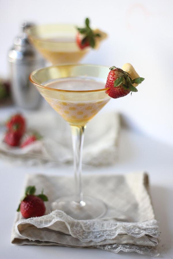 Strawberry Shortcake Martini Recipe398