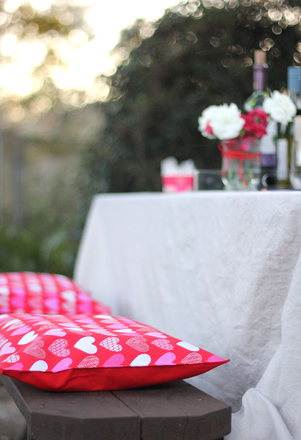 No-Sew Patio Seat Cushion Tutorial