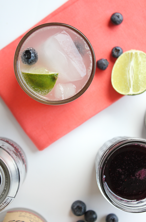 Blueberry Moscow Mule Cocktail Recipe