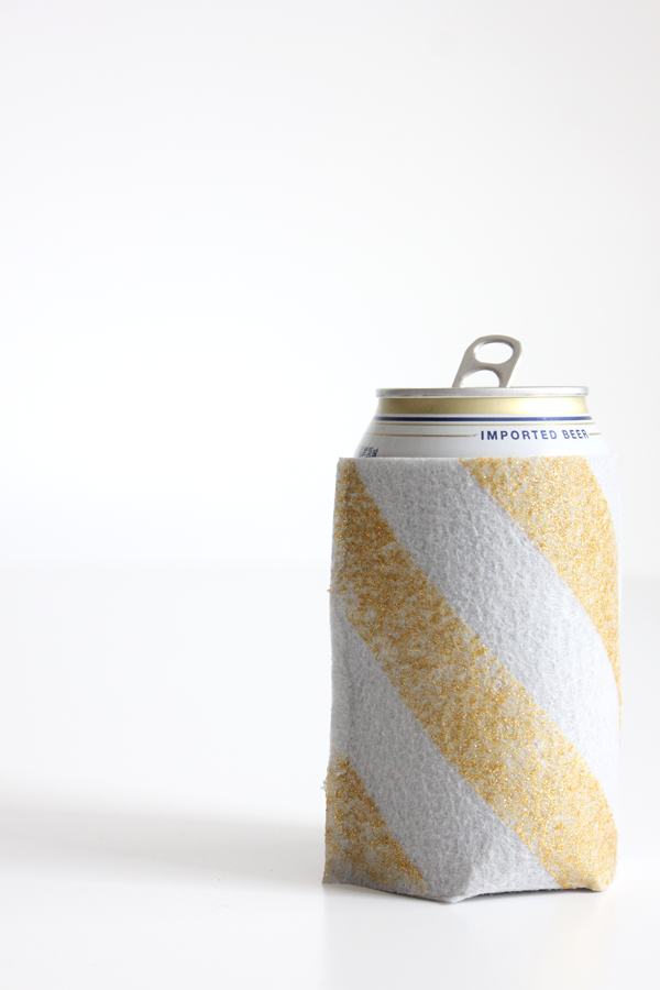 No Sew Koozie DIY | The Flair Exchange®The Flair Exchange®