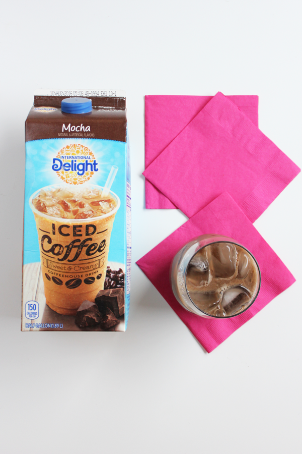 DIY-gold-foild-napking-and-coffee